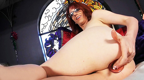Wendy summers toys. Lusty Wendy toys her booty & strokes