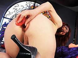 Wendy summers toys. Naughty redhead Wendy fucks a toy